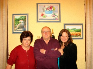 Tania Ansaldi con i titolari della locanda Antichi Sapori